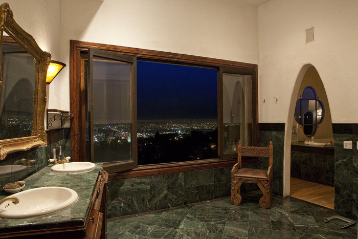 Modern hollywood ca mansion for lease vacation rental by owner house show Modern bathroom north hollywood